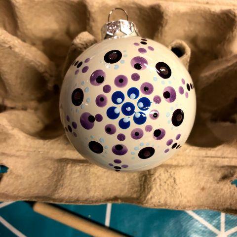 Kerstballen gestipt