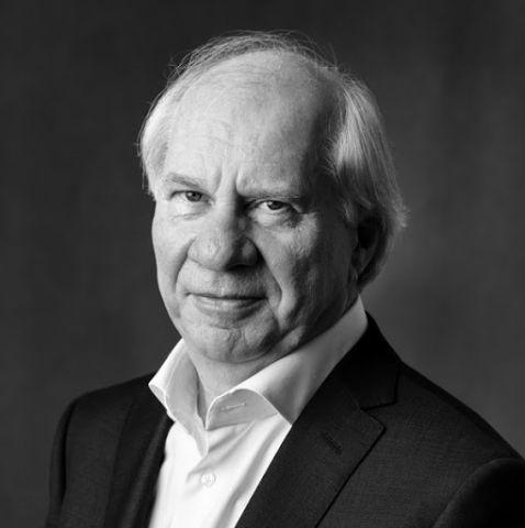 Jan Brokken: De wereld rond in 80 minuten