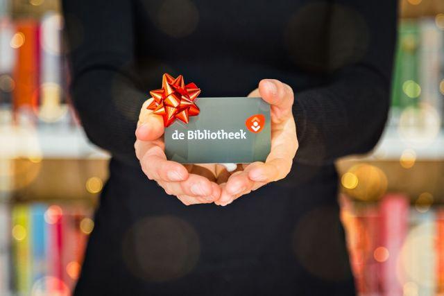 Geef dit jaar de bieb cadeau en trakteer daarmee ook jezelf op een lokale verrassing!
