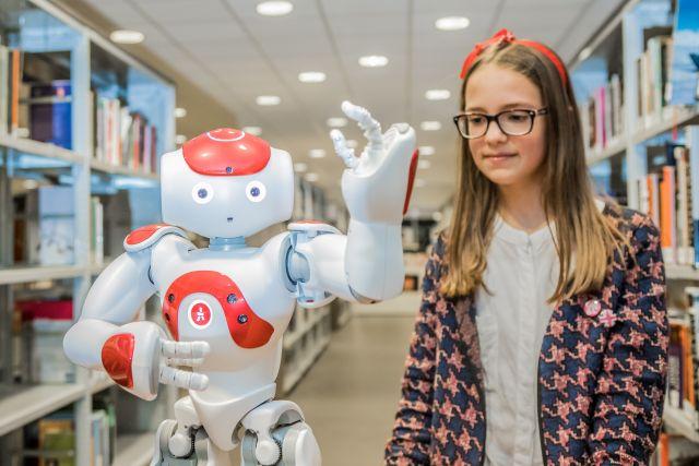 Robin en Bibi, werken met de biebrobots