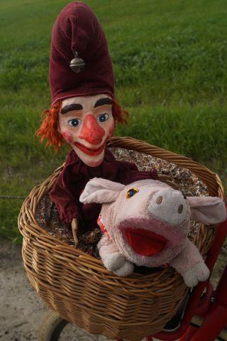 Poppenkast Pluim: Een koetje en een kalfje