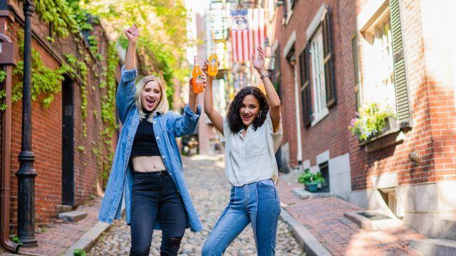 Online ouderavond 'Je bent jong en je wilt wat!' – over pubers en experimenteren