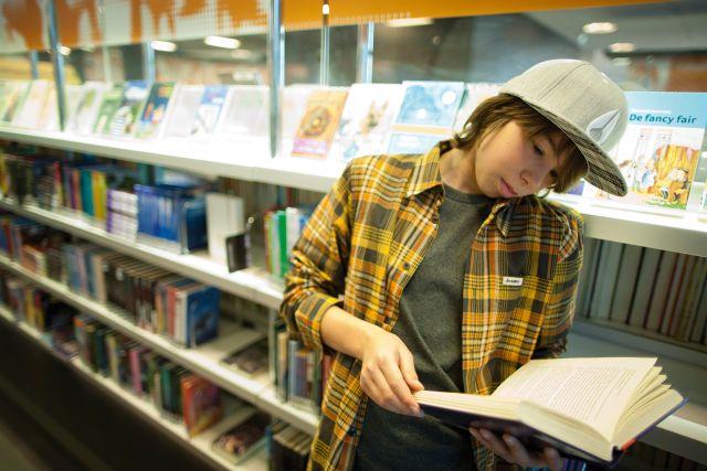 Bibliotheekbezoek 1e jaars VO