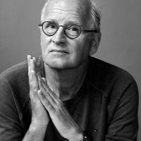Zin op Zondag: literaire talkshow met Herman Koch en Vrouwkje Tuinman.